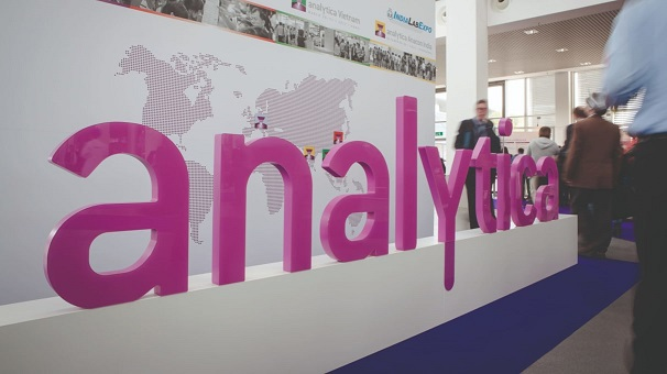 analytica2016_as0111-_0_376_2024_3600-3
